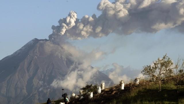 Erupción Volcán Tungurahua, Ecuador, 1 de Febrero de 2014